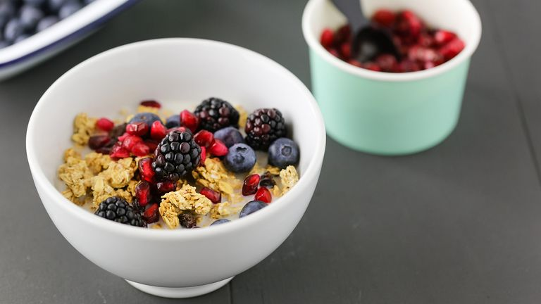 what-nutritionists-order-when-they-go-out-for-brunch-Deceptively-Unhealthy-Brunch-Foods-1440x810
